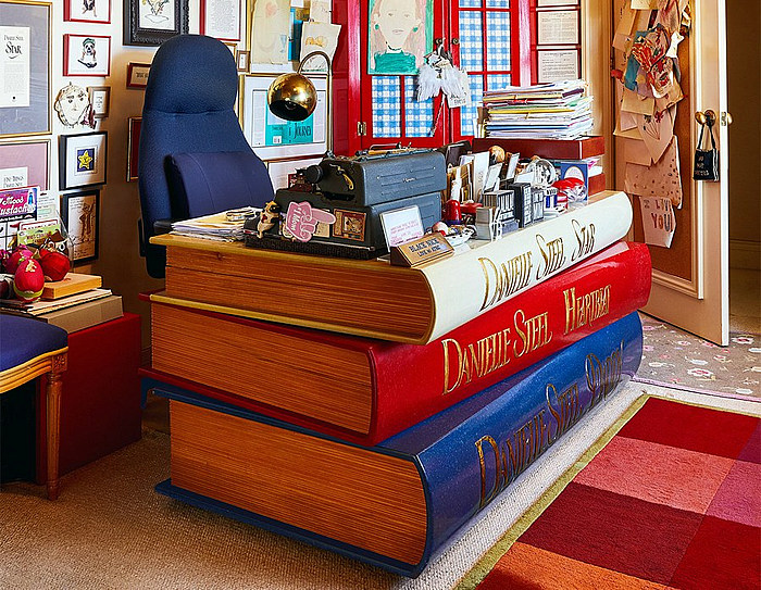 danielle steel writing desk